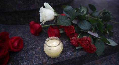 Панихида по трагически погибшим в авиакатастрофе в Сочи